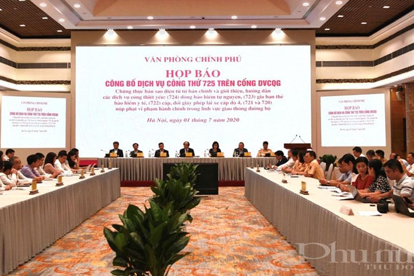 Toàn cảnh buổi họp báo công bố 6 dịch vụ công trên Cổng Dịch vụ công quốc gia. (Ảnh: baophunuthudo.vn)